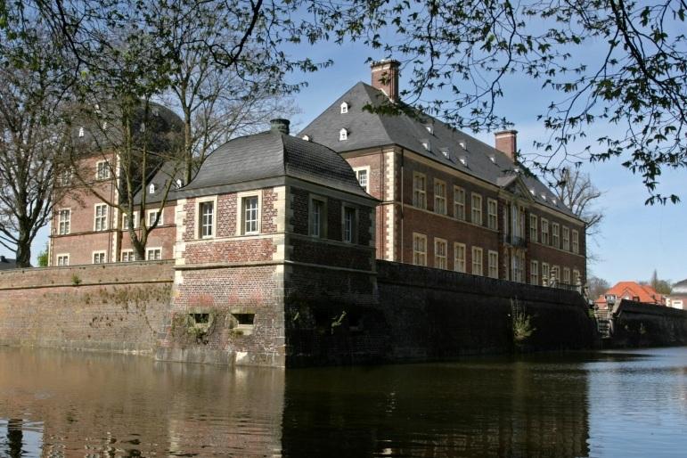 100.000 Euro für Sanierung von Schloss Ahaus